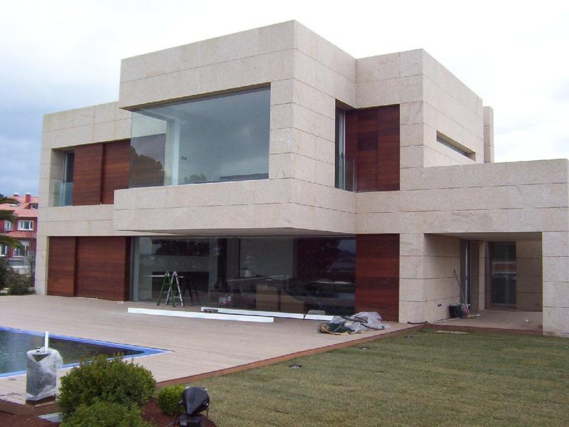 Obras de referencia casas de piedra muros chalet for Casas chalet modernas